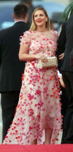 Drew Barrymore - Golden Globe fashion via momtastic.com