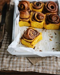 Pumpkin Cinnamon Buns / Pumpkin Cinnamon Rolls