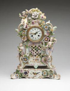 A Meissen porcelain mantle clock