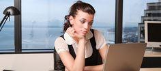 Se você está insatisfeita no trabalho, é hora de considerar uma mudança de direção. Career, Signs, Moving Out