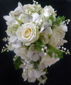 Avalanche+ ideal for a bridal bouquet!