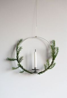Make this beautiful and simple Christmas wreath with a candle in three simple steps. Swedish Christmas, Noel Christmas, Scandinavian Christmas, Simple Christmas, All Things Christmas, Winter Christmas, Vintage Christmas, Christmas Wreaths, Christmas Crafts