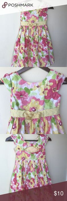 Gymboree Floral Dress Great for Easter or picture day. Needs a good ironing but in great condition beyond that. Gymboree Dresses Formal