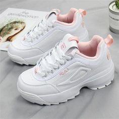 Women shoes Pumps Classy - - Women shoes Vans Slip On - Women shoes Flats Leather - - Women shoes With Jeans Casual Cute Womens Shoes, Trendy Shoes, Womens Shoes Wedges, Casual Shoes, Shoes Style, Casual Wear, Flats, Women's Shoes Sandals, Shoes Sneakers