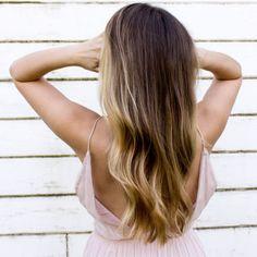 Haare schneller wachsen lassen: 5 Profi-Tipps vom Friseur