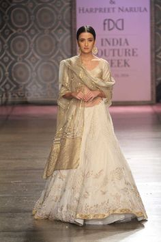 Rimple & Harpreet Narula at India Couture Week 2016 Indian Dresses, Indian Outfits, Indian Clothes, Desi Clothes, Pakistani Dresses, India Fashion, Asian Fashion, Ethnic Fashion, Latest Fashion