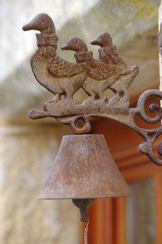 Bell by p.laborderi