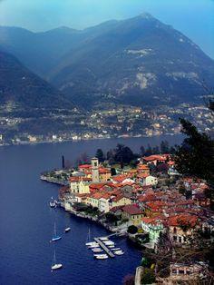 Torno, Lake Como, Italy: abu ahora si se que abrias tus ventanas y veias las montañas...♥ te extraño mucho.