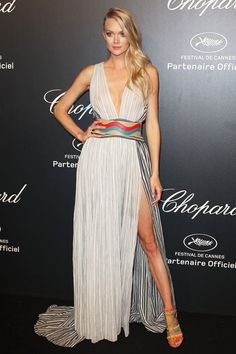 Cannes 2015 - Lindsay Ellingson in Sophie Theallet. Party Fashion, Fashion Show, Fashion Outfits, Fashion Trends, Fashion 2015, Calvin Klein Gown, Cannes Film Festival 2015, Cannes 2015, Sophie Theallet