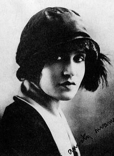 Tina Modotti (1896-1942) - Italian photographer, model, actress..