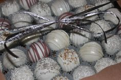 New Year's Eve / winter / wedding cake balls