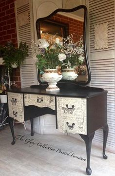 (14) The Glory Collection Painted Furniture  Satin Black Vanity. Queen Anne Style.