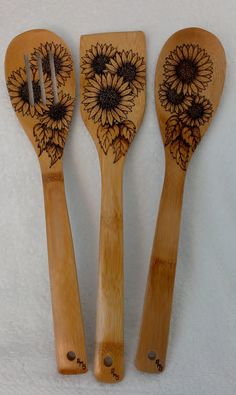 Sunflower Utensil Set by KitchenSmiles on Etsy, $28.00