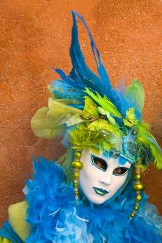 DECORATIONS, IDEAS, CLOTHING, ANYTHING AND EVERYTHING THAT CAN DO WITH A MASQUERADE BALL OF ALL SORTS!