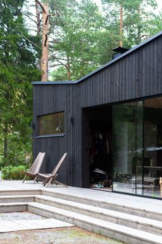 Small Summer House, Black House Exterior, Outside Room, Weekend House, Urban Loft, Modern Cottage, House In The Woods, House Painting, Modern Rustic