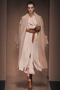 Gianfranco Ferré Fall 2013 Ready-to-Wear Fashion Show - Irina Kulikova