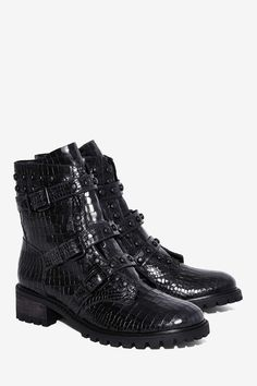 Schutz Suleni Leather Boot | Shop Shoes at Nasty Gal!