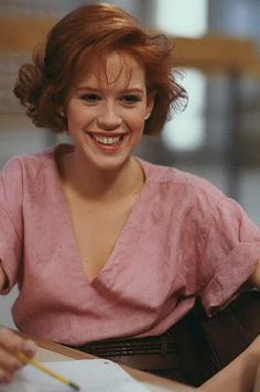 """The Breakfast Club"" Molly Ringwald as Claire Standish. Molly Ringwald, Ralph Steadman, The Breakfast Club, Iconic Movies, Old Movies, Divergent Film, Apple Illustration, Mike Singer, Looks Teen"