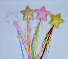 Diy Home Crafts, Diy Arts And Crafts, Felt Crafts, Paper Crafts, Diy Projects For Kids, Diy For Kids, Crafts For Kids, Fairy Wands, Glitter Fabric