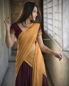 Beautiful Girl Indian, Most Beautiful Indian Actress, Beautiful Saree, Gorgeous Women, Simply Beautiful, Beautiful Images, Beauty Full Girl, Beauty Women, Beauty Girls