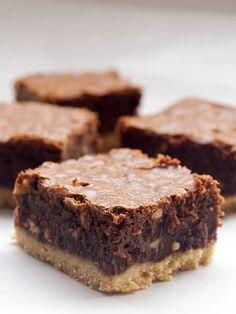 Nutella-Salted Shortbread Brownies ~ http://www.bakeorbreak.com