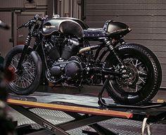 Harley-Davidson cafe racer #harleydavidsonsporster