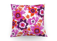 Retro floral print cushion cover, decorative pillow, retro floral cushion, vintage floral pillow, pink throw pillow,home decor,sixties style