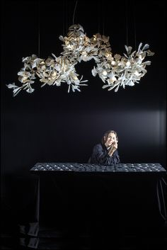 A relative newcomer to the lighting scene, Andreea Braescu is captivating industry insiders with her innovative use of porcelain. Top Interior Designers, Top Designers, Contemporary Interior Design, Modern Design, World Of Interiors, Modern Chandelier, Chandeliers, Light Installation, Beautiful Lights