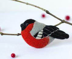 Felt Bird Brooch Bullfinch / felt pin / black red brooch / birds jewelry / animal brooches / small pin / handmade felted jewelry store