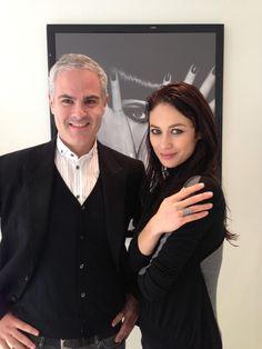 82343234951 La sublimissime james Bond Girl Olga Kurylenko adore Djula et porte la  bague Multicoeurs en or noir!!!!!  DjulaParis  OlyaKurylenko  joaillerie   jamesbond