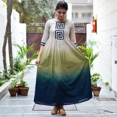 This collection of beautiful mix and match dresses is an ode to the diversity of our traditional crafts. Each dress gives a fresh character to an Indian craft, often in a beautiful medley with others. This one is for the modern Indian women, who cherishes Simple Kurti Designs, Kurta Designs Women, Stylish Dresses, Casual Dresses, Fashion Dresses, Modele Hijab, Indian Gowns Dresses, Kurti Designs Party Wear, Dress Indian Style