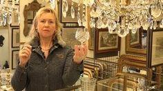 Van der Lans Antiek. Weet u het verschil tussen half-kristal, kristal, hoog loodkristal en strass kristal? Bezoek www.lansantiek.com