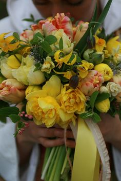 March bridal bouquet by Erin Benzakein / Floret Flower Farm, via Flickr