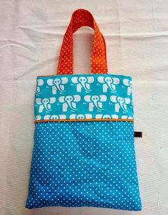 Fien*en*Mien i Have the elephant fabric in brown. Bag Sewing, Free Sewing, Elephant Fabric, Crayon Roll, Little Bag, Handmade Bags, Sewing Tutorials, Diy Fashion, Diy Gifts