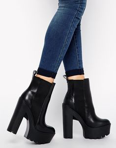 Buy Windsor Smith Grunt Leather Cleated Sole Chunky Boots at ASOS. Get the latest trends with ASOS now. Heeled Boots, Bootie Boots, Shoe Boots, Shoes Heels, Heeled Sandals, Pretty Shoes, Cute Shoes, Me Too Shoes, Fashion Heels