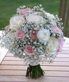 Ideas For Flowers Roses Bouquet Mariage Flowers Roses Bouquet, Bridal Flowers, Flower Bouquet Wedding, Rose Bouquet, Bride Bouquets, Amazing Flowers, Perfect Wedding, Floral Arrangements, Wedding Decorations