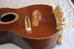 Verniz Goma-Laca     Shellac varnish Mario Valença - Restorer of guitars Fone: 5511 96835-1853  mariorvalenca@gmail.com