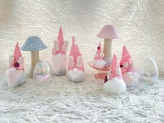 Easy No Sew Easter Bunny Gnomes - Happily Ever After, Etc. Diy Crafts For Home Decor, Diy Crafts Jewelry, Fall Crafts, Crafts For Kids, Easter Projects, Easter Crafts, Projects To Try, Easter Ideas, Spiral Christmas Tree