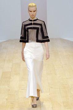 Akris Spring 2008 Ready-to-Wear Fashion Show - Elsa Sylvan (OUI)