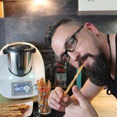 Käsestangen aus dem TM5 – Der Knabberhit 2017 Brunch, Food And Drink, Snacks, Chicken, Meat, Dinner, Buffets, Finger Food, Chef Recipes