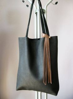 6d661ec92e01 9 Best Black Tote Bag images