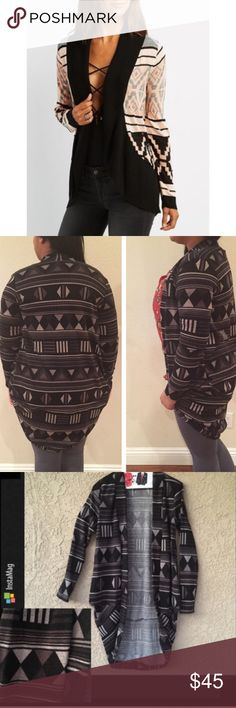 🆕 Aztec print cocoon Cardigan Perfect for upcoming weather for u . 99% polyester 1% spandex . Run true to size . Please see last 2pics for exact item color . Sweaters