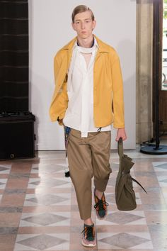 Valentino  #VogueRussia #menswear #springsummer2018 #Valentino #VogueCollections