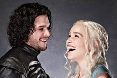 Community Post: Let's Pretend These Are Daenerys Targaryen And Jon Snow's Engagement Photos