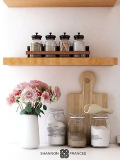 Open shelving is all the rage these days- but what the heck does one do to create a practical storage solution that looks nice? Here are a few ideas on how to sensibly style your open shelves without sacrificing form or function. Mid-century Interior, Interior Design Studio, Interior Styling, Modern Farmhouse Table, Modern Farmhouse Kitchens, Farmhouse Style, Kitchen Artwork, Rustic Interiors, Open Shelving