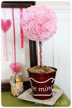 "Cupcake liner ""Be mine"" topiary"