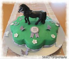 Silvia's Tortenträume: Pferd Torte Cake Kindergeburtstag Geburtstag Kinder Deko Torte Anleitung Tutorial Pferd