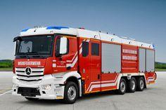 3000. Einsatzfahrzeug in Rosenbauer CBS-Bauweise - BOS-Fahrzeuge - Einsatzfahrzeuge und Wachen weltweit