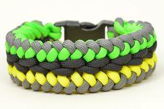 How to make a Modified Sanctified Paracord Survival Bracelet - BoredPara...