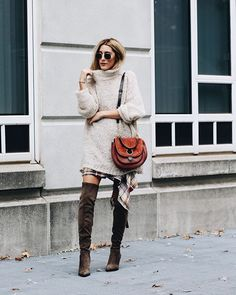 Fall style on point.  : @howdoyouwearthat